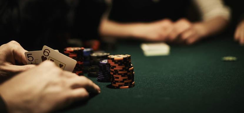 покер онлайн проиграл девушку в