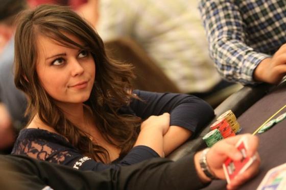 Charlotte Van Brabander (Шарлотта ван Брэбандр) - Девушки и покер